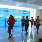 Đại học kinh doanh công nghệ bế giảng sinh viên ngoại quốc tại Từ Sơn